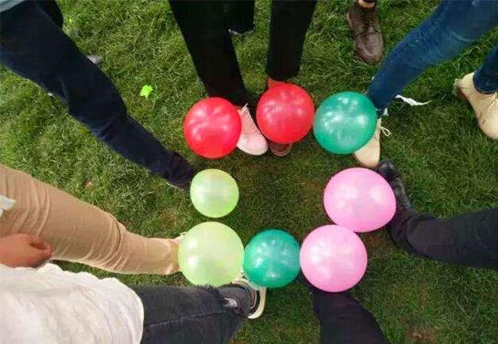 踩气球1.jpg